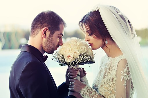 Reasons To Hire A Marriage Priest For Your Wedding